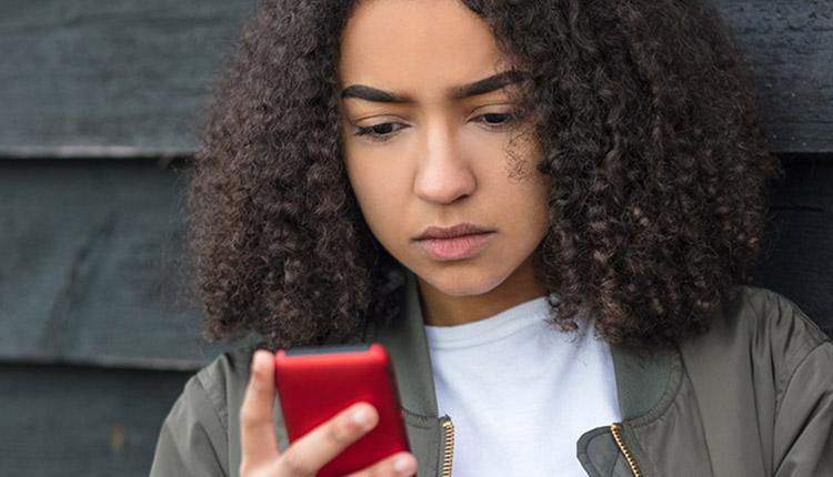 Augmentation marquée de la demande pour Jeunesse, J'écoute alors que l'anxiété prend de l'ampleur à cause de la COVID-19